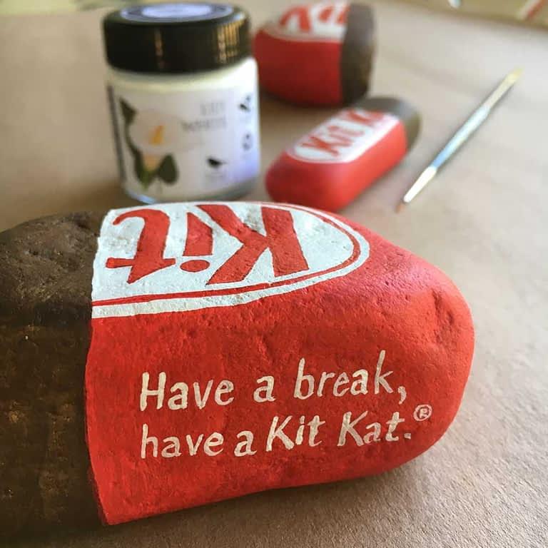 Painted Kit Kat rock tutorial step 12